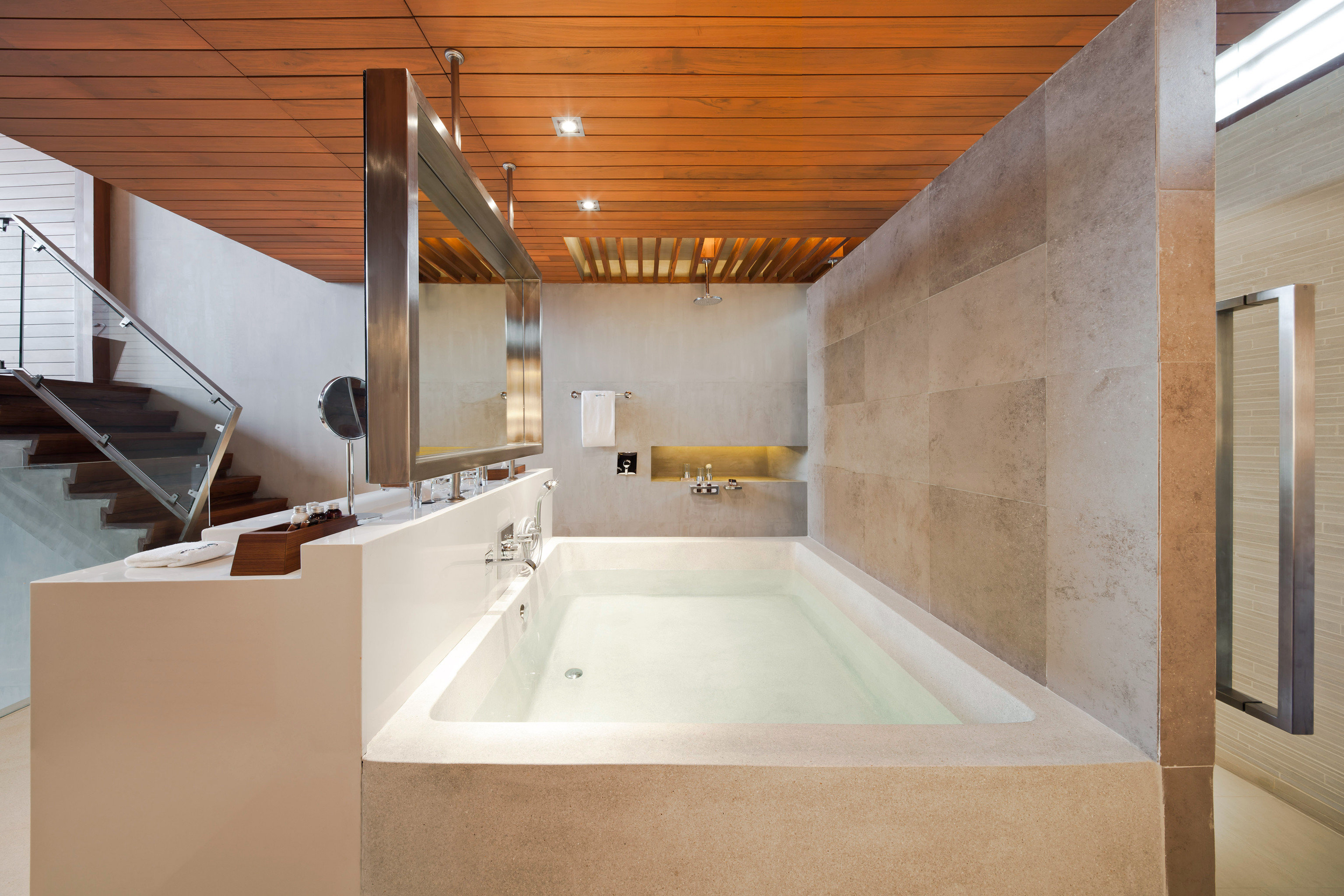 Bath Beachfront Bedroom Modern Romantic property house bathroom home plumbing fixture daylighting bathtub flooring sink