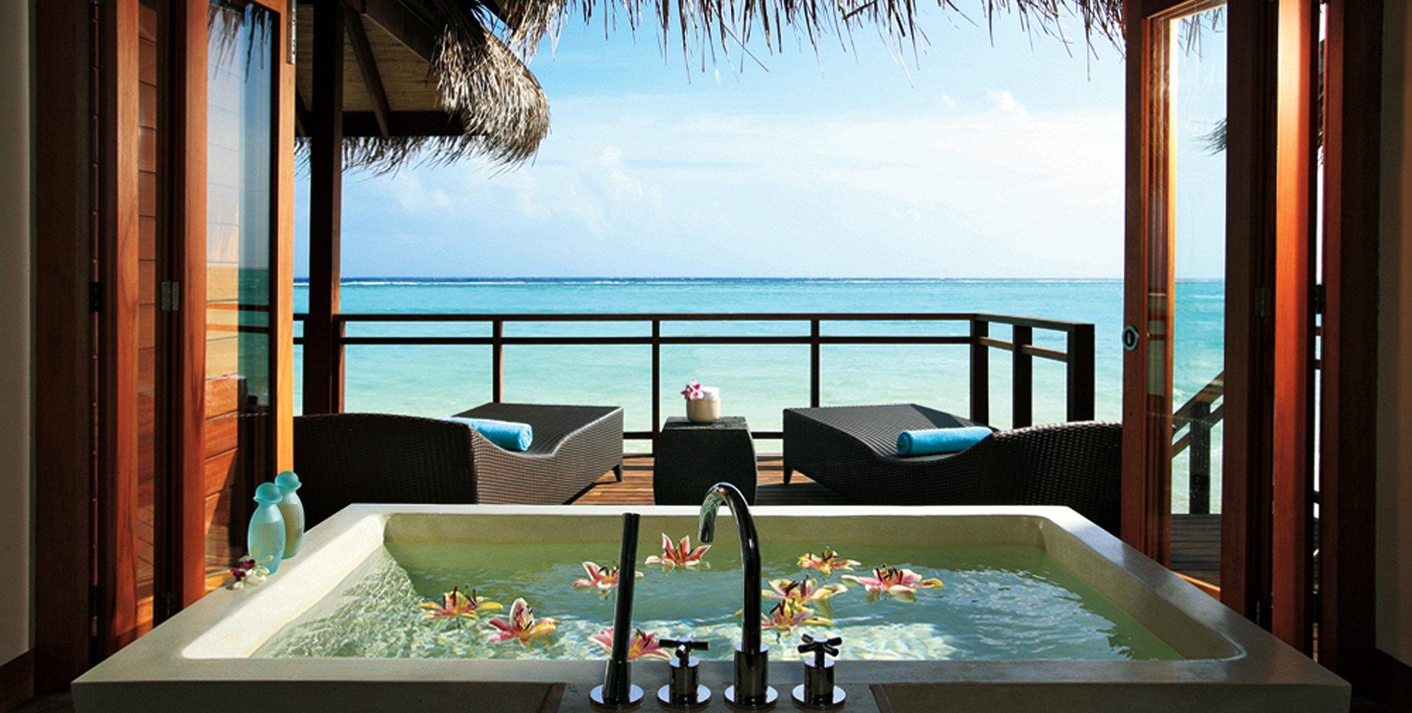 Bath Beachfront Elegant Hotels Luxury Patio swimming pool leisure Resort Villa Suite mansion