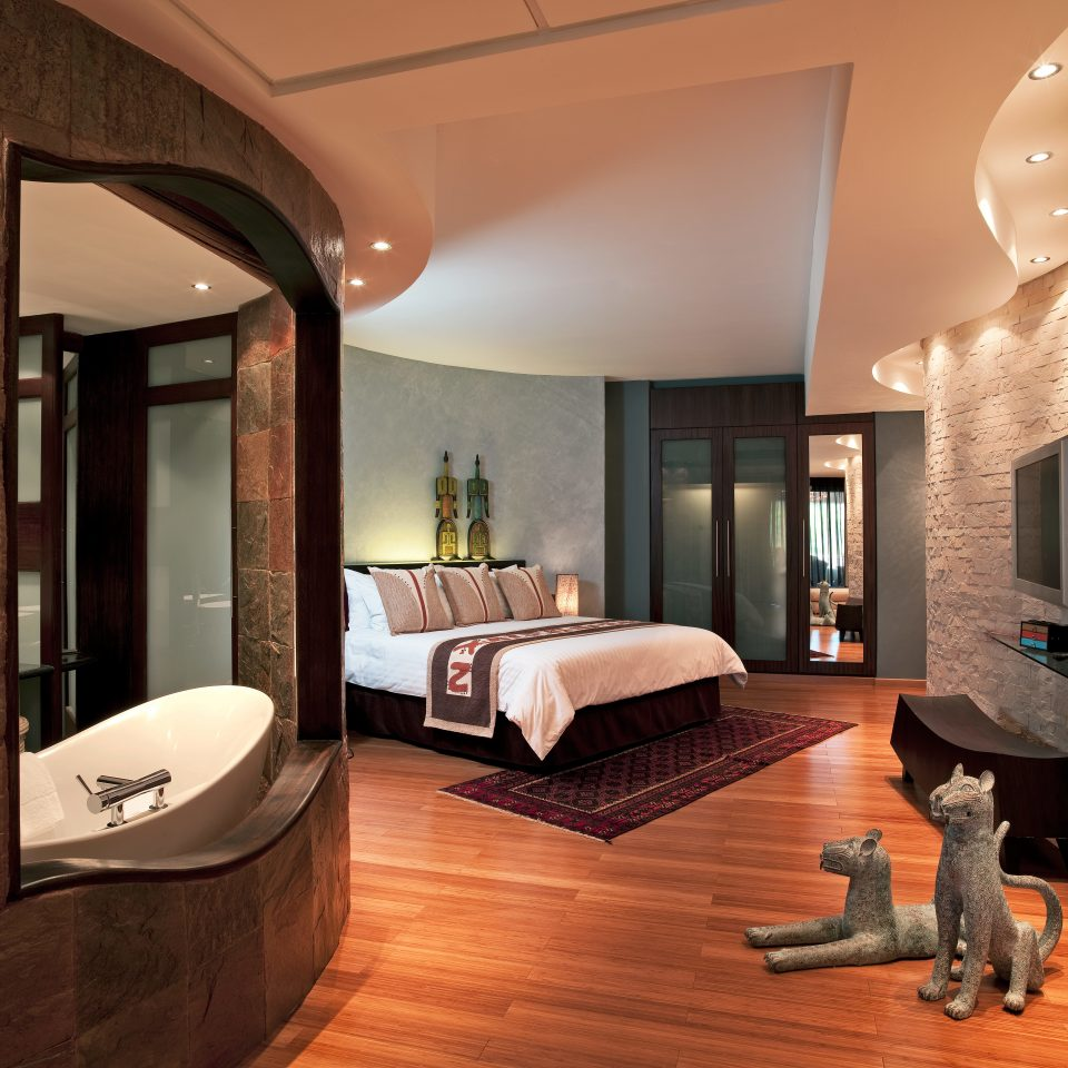Bath Bedroom City Modern Romantic property living room home Suite hardwood wood flooring Villa