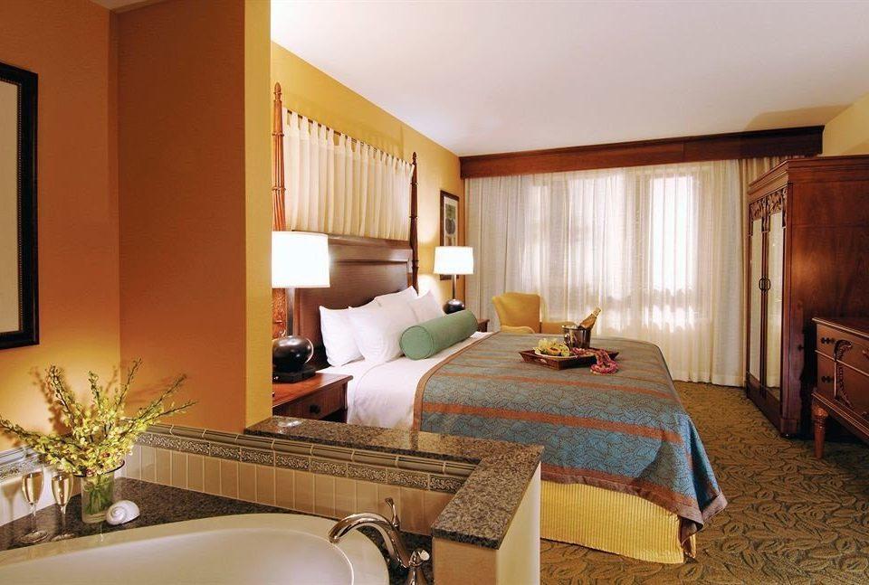 Bath Bedroom Classic Hot tub/Jacuzzi Resort property Suite cottage Villa