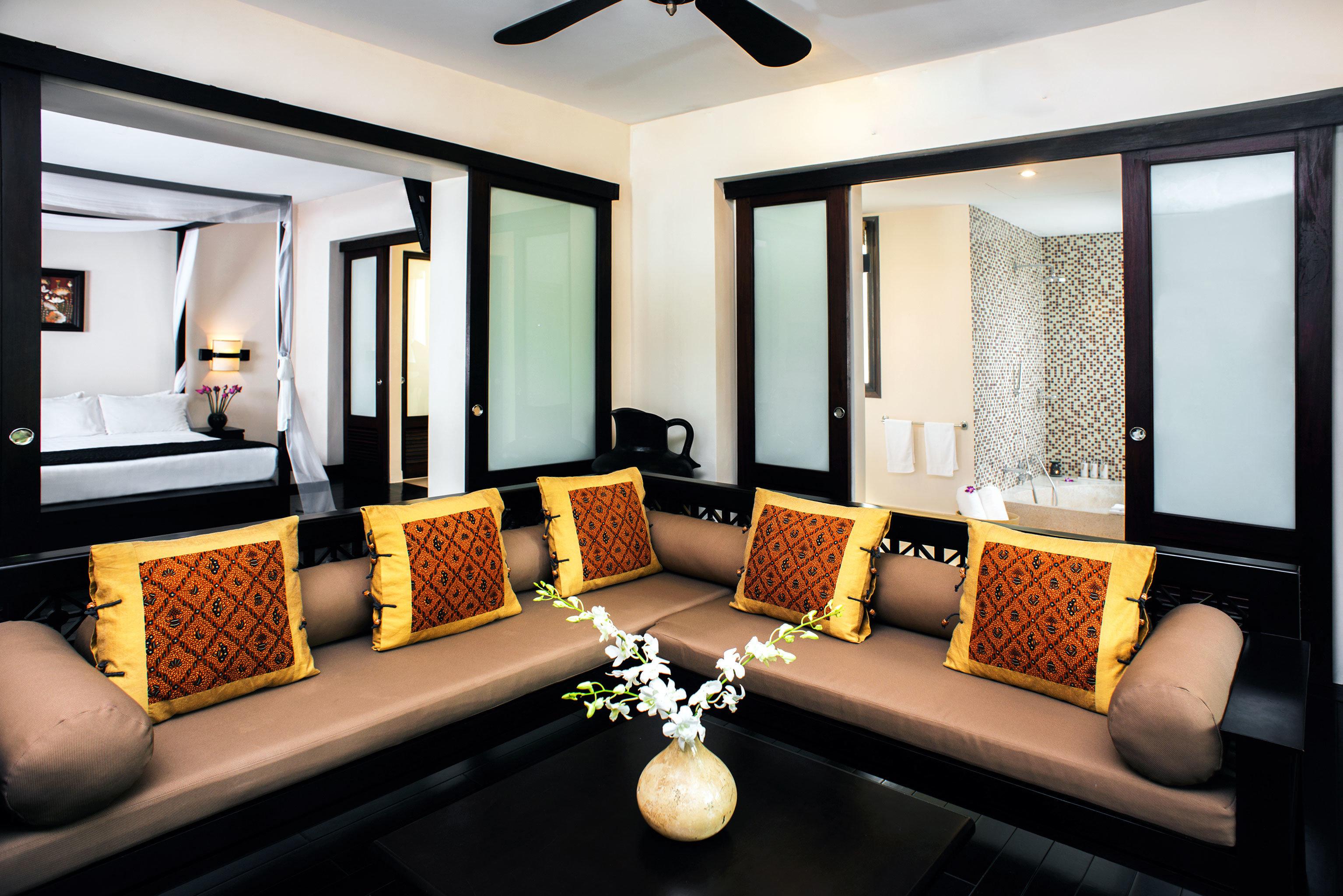 Bath Bedroom Cultural Jungle Lounge River Suite Tropical Waterfront property living room home recreation room condominium sofa