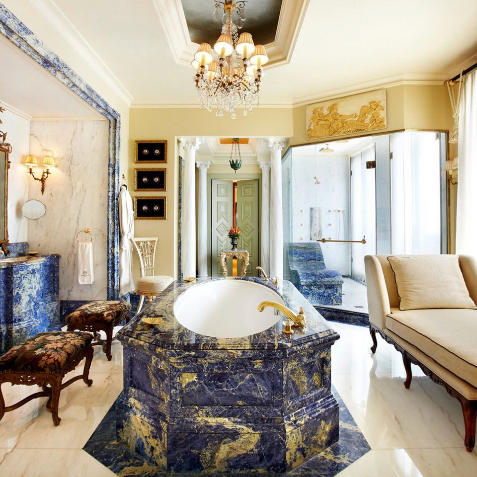 Bath Elegant Lounge property Bedroom home living room cottage Suite farmhouse mansion