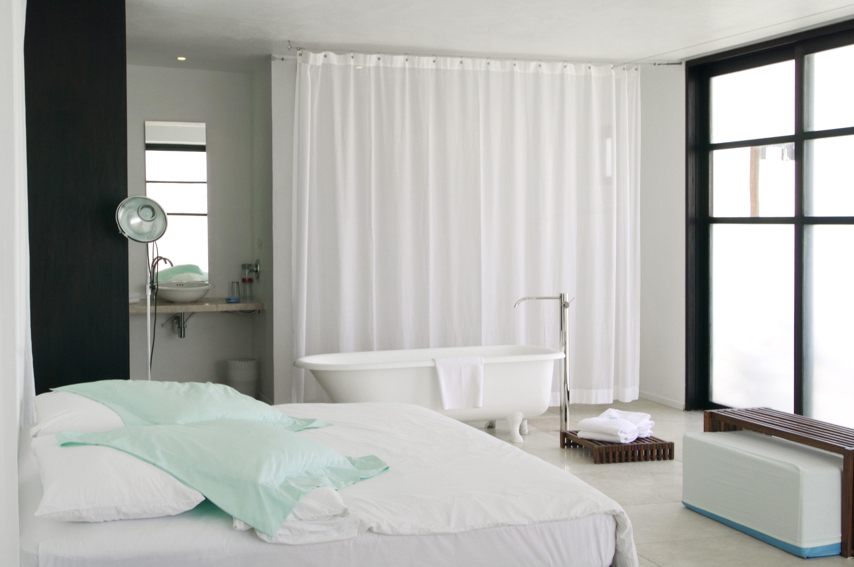 Bath Bedroom Elegant Luxury Modern Suite curtain textile window treatment