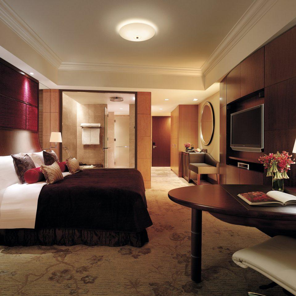 Bath Bedroom Elegant Luxury Modern Suite sofa property living room home flat