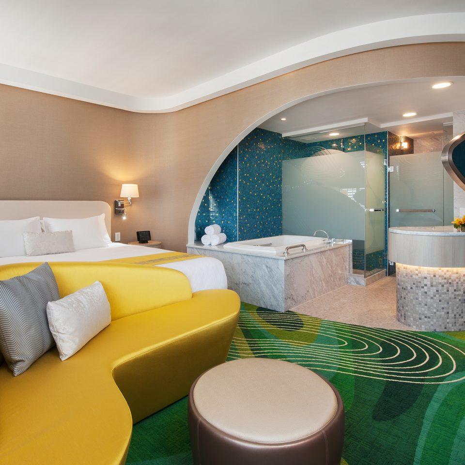 Bath Bedroom Hip Modern green property Suite yellow swimming pool vehicle Villa cottage Resort