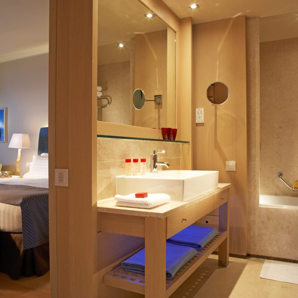 Bath Bedroom Honeymoon Luxury Modern Resort Romance Romantic property Suite bathroom home