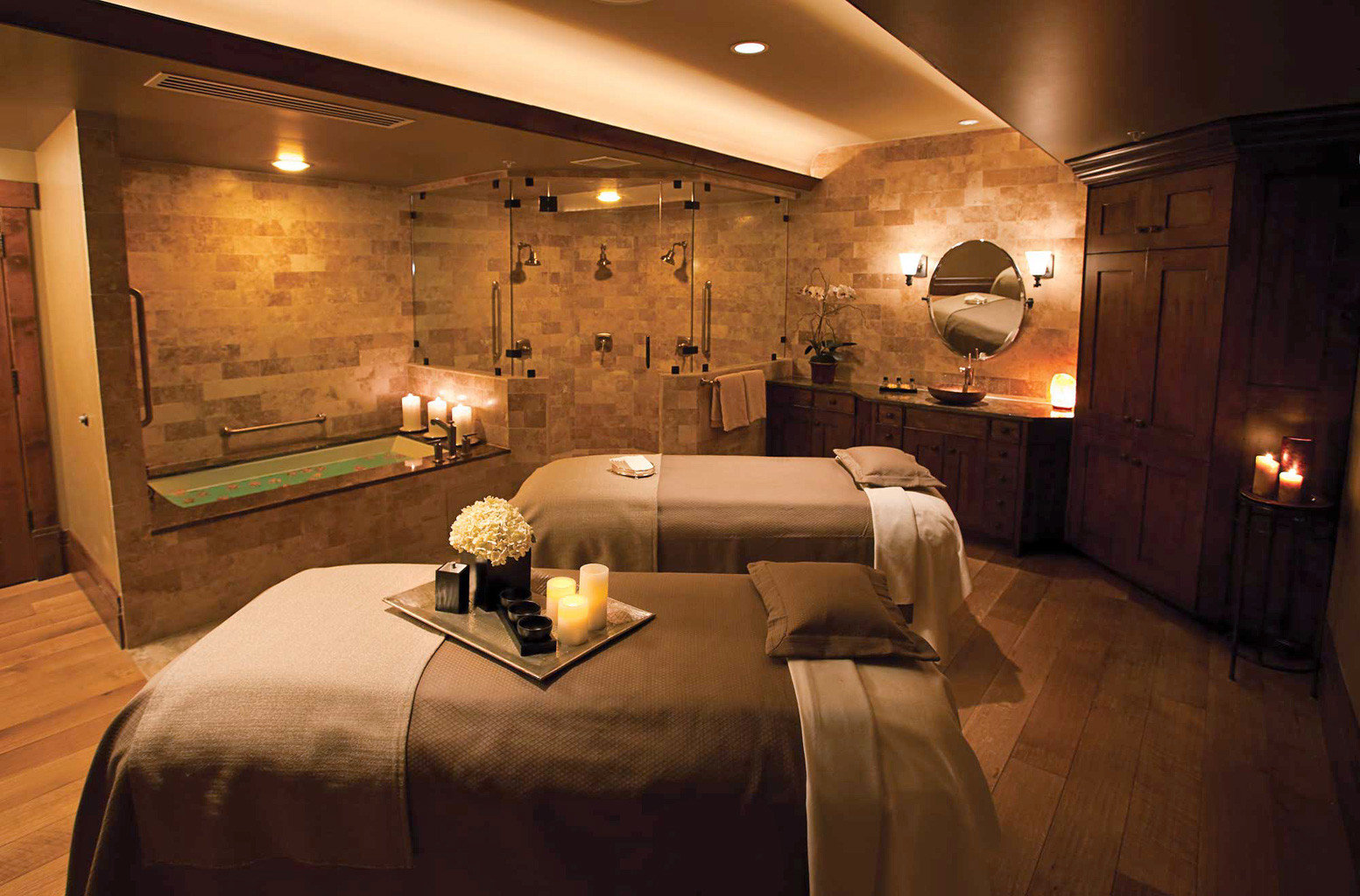 Bath Hotels Lodge Luxury Travel Mountains + Skiing Rustic Spa Wellness property Bedroom Suite home lighting living room cottage lamp