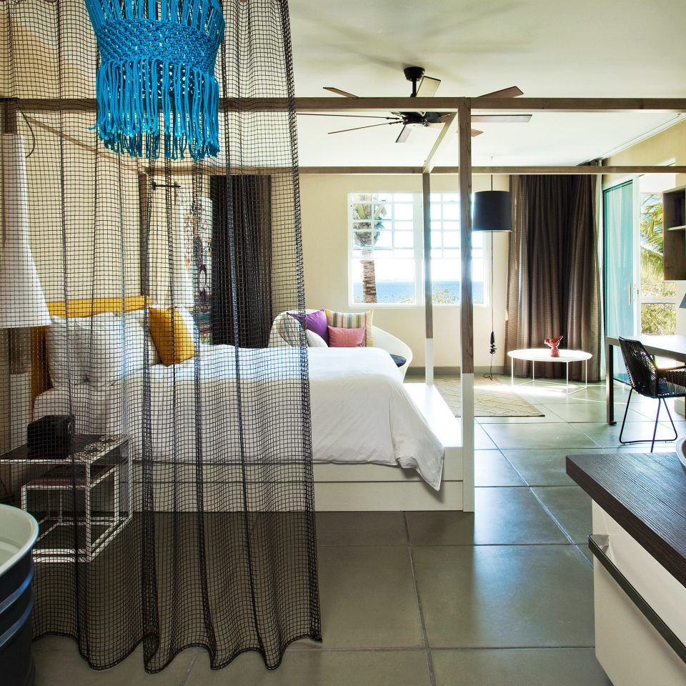 Bath Bedroom Hotels Modern Resort property living room condominium home mansion Villa Suite tub tiled