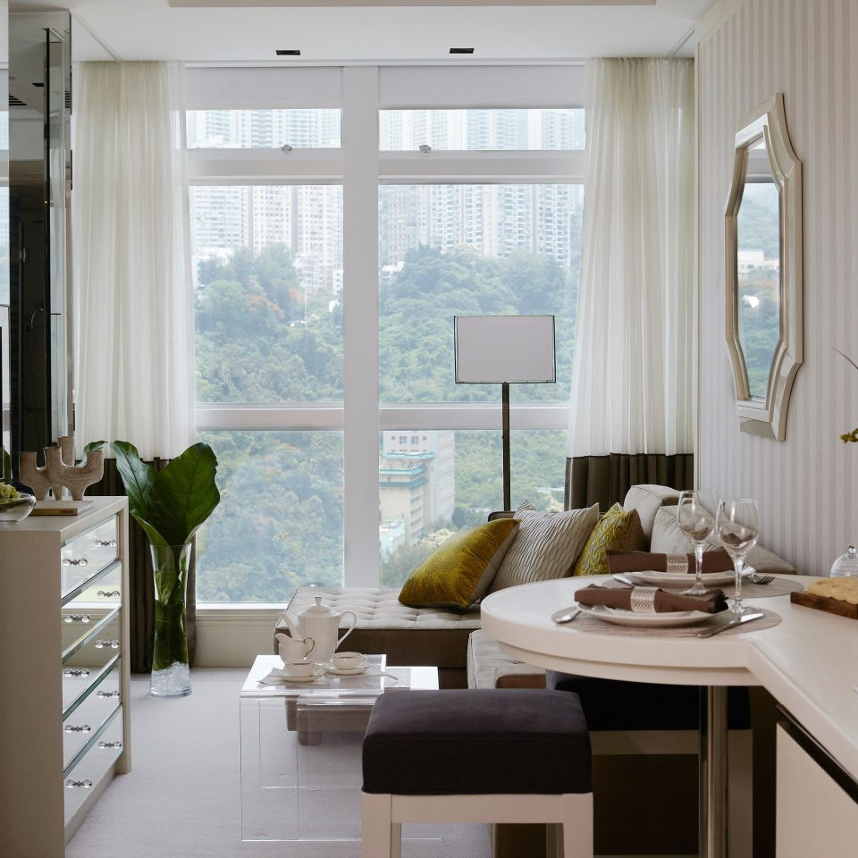 Bath Bedroom Luxury Suite living room property home condominium curtain window treatment Island