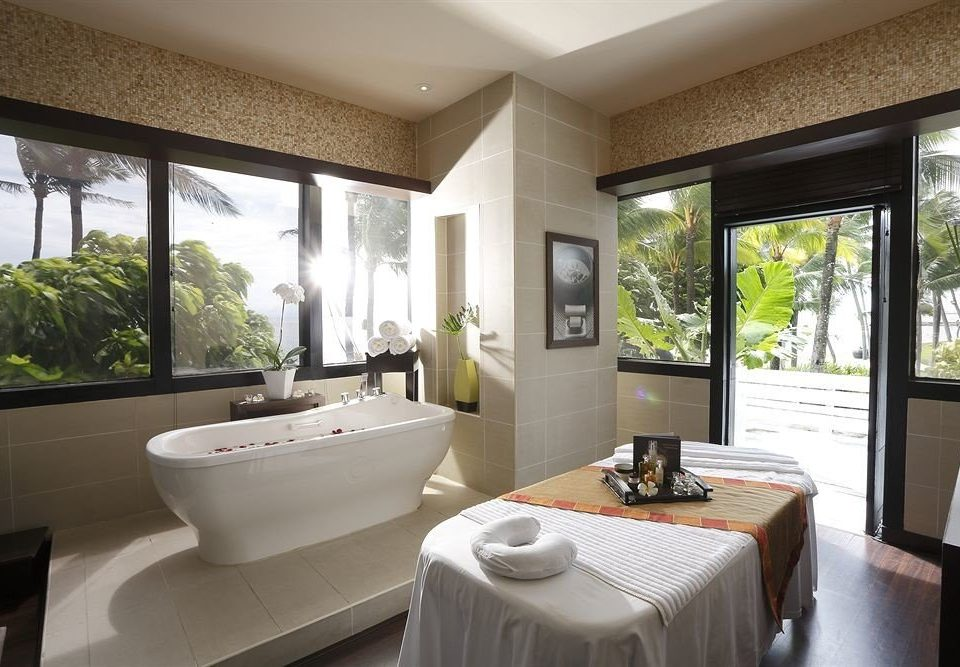 bathroom property home condominium sink Suite Villa counter living room Bedroom cottage Bath Island tub