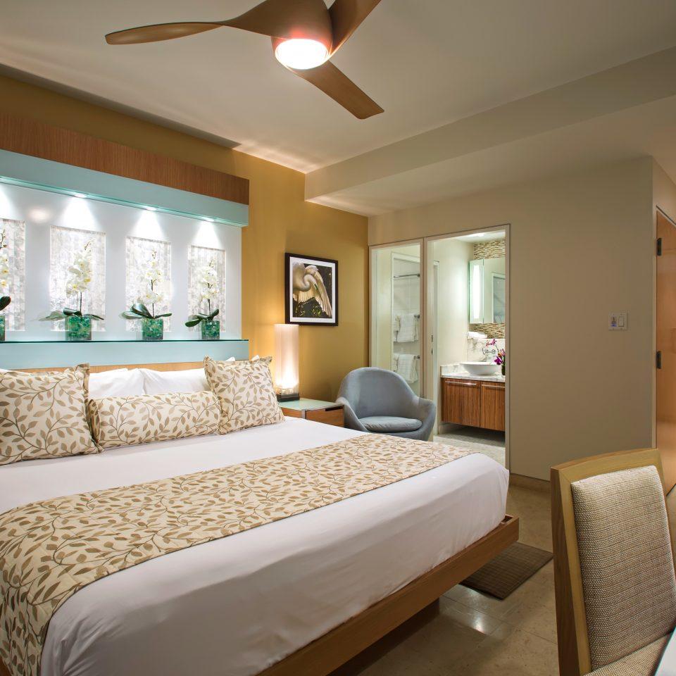 Bath Bedroom Modern Suite property cottage condominium flat