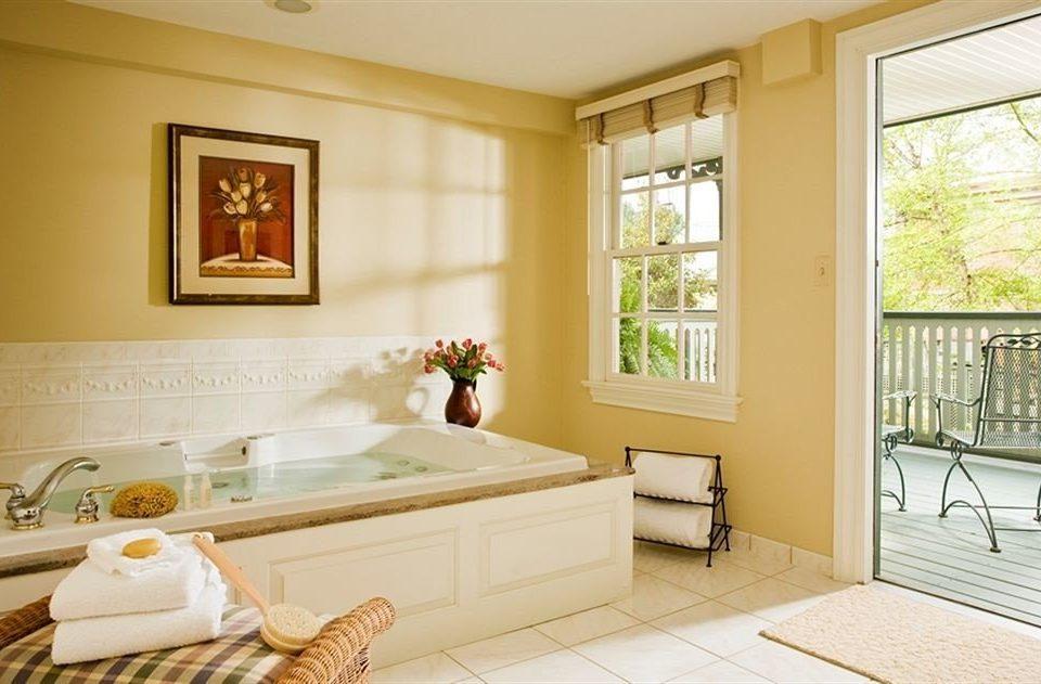 Bath Romantic property home living room Bedroom cottage Suite farmhouse