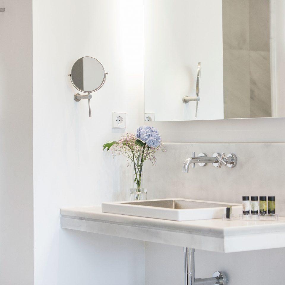 Bath Boutique Budget City Modern bathroom white toilet sink plumbing fixture bathroom cabinet bidet bathtub