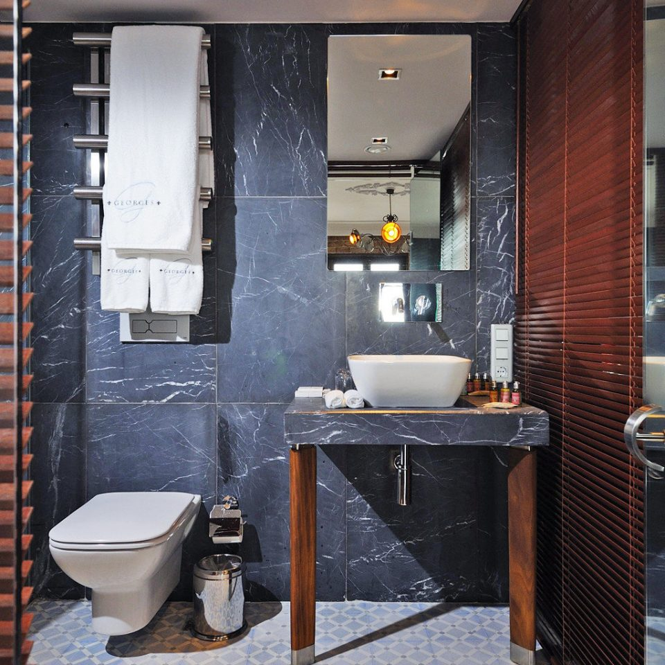 Bath Boutique Elegant bathroom property Suite home flooring tile tiled