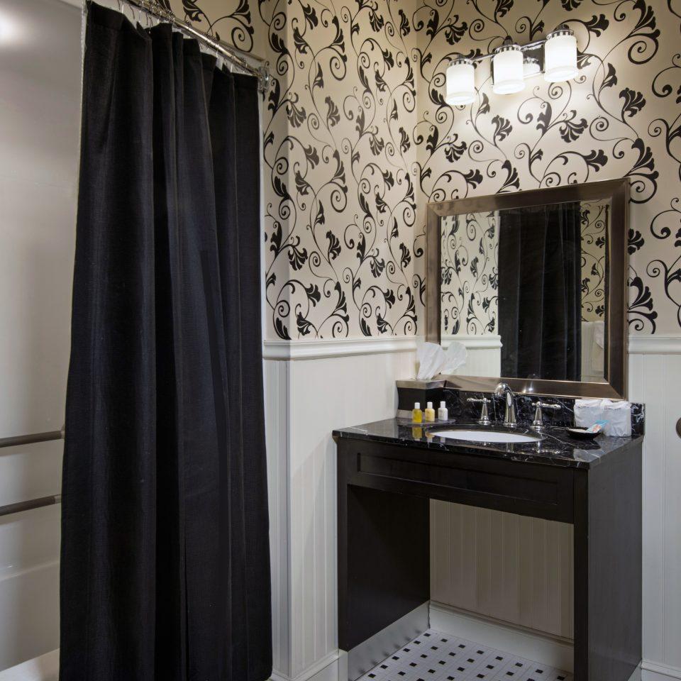 Bath Boutique Historic Modern bathroom curtain property home shower cottage window treatment tub