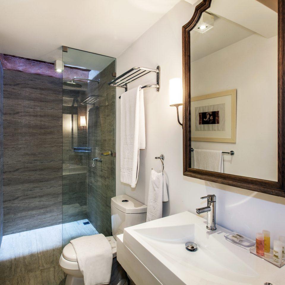 Bath Boutique bathroom sink mirror property home toilet Suite cottage Villa rack