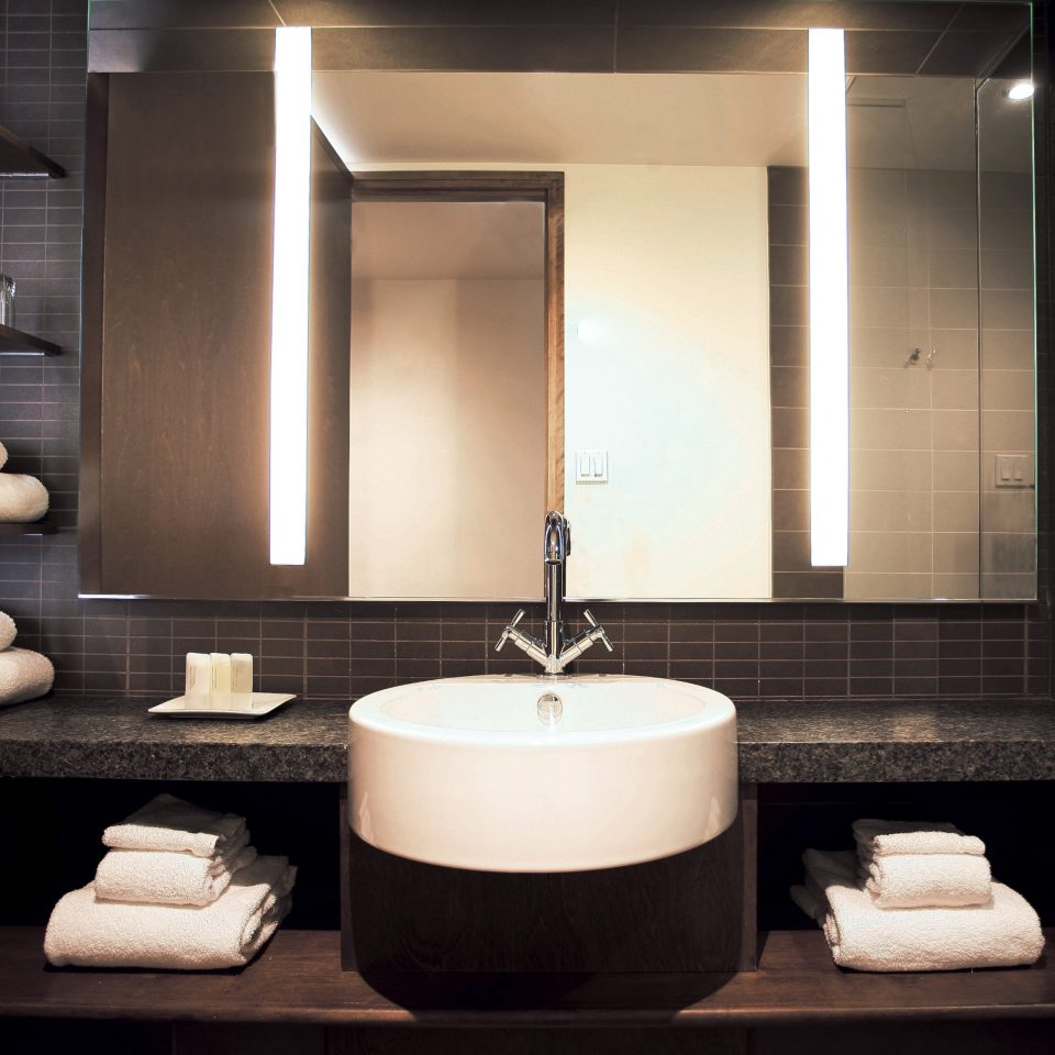 Bath Budget Business City Modern bathroom sink mirror towel lighting black white plumbing fixture flooring bathtub