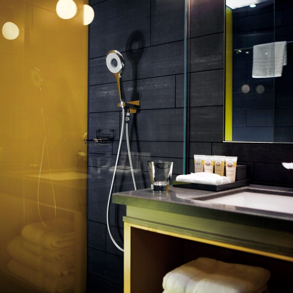 Bath Business City Hip Modern bathroom lighting home