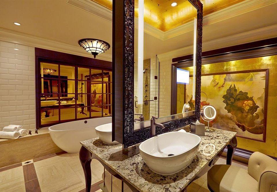 Bath Casino Elegant property bathroom Suite home cottage