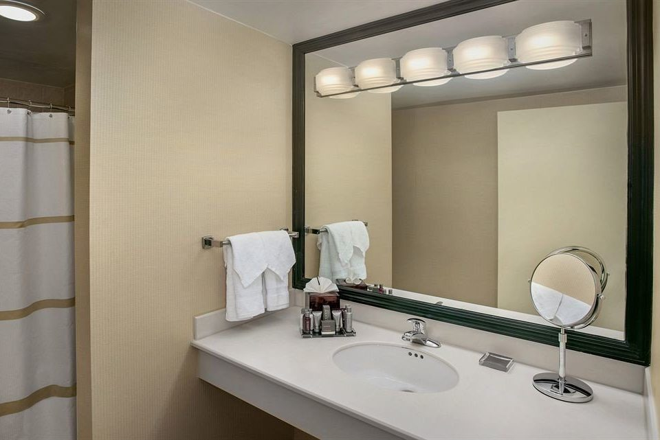 Bath City Classic Family bathroom mirror sink property lighting Suite rack