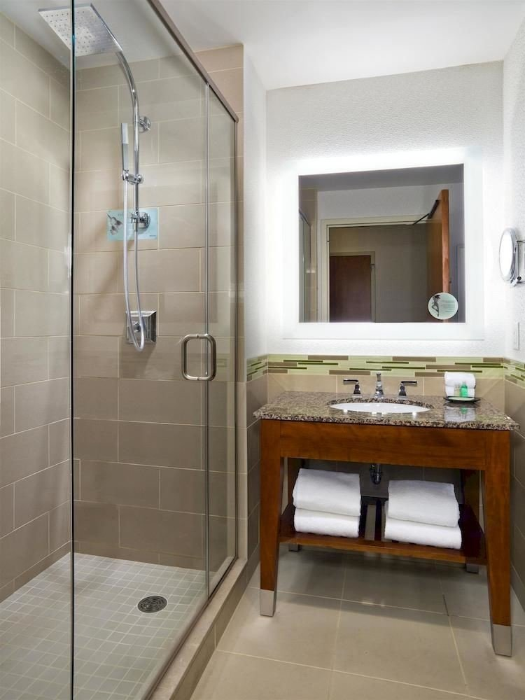 Bath City Classic Modern bathroom property house home cottage Suite flooring