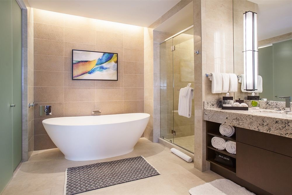 Bath City Classic bathroom mirror sink property Suite bathtub home plumbing fixture bidet flooring condominium Modern tub