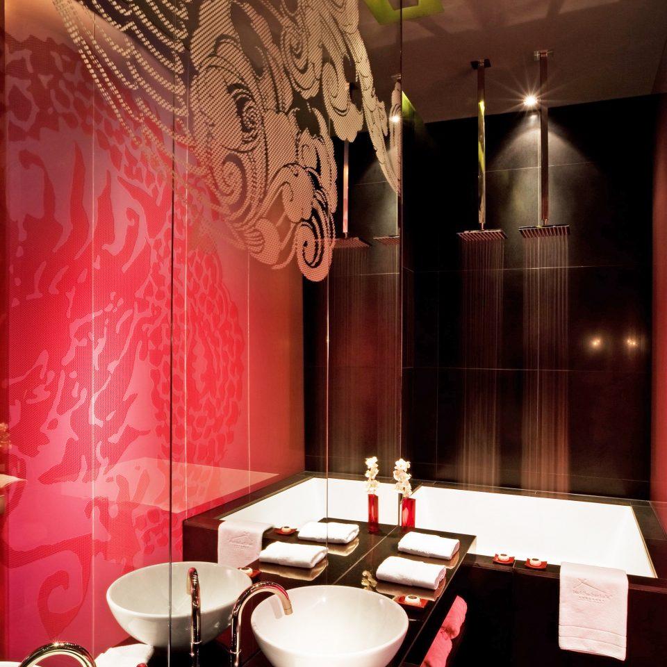 Bath City Modern restaurant red lighting