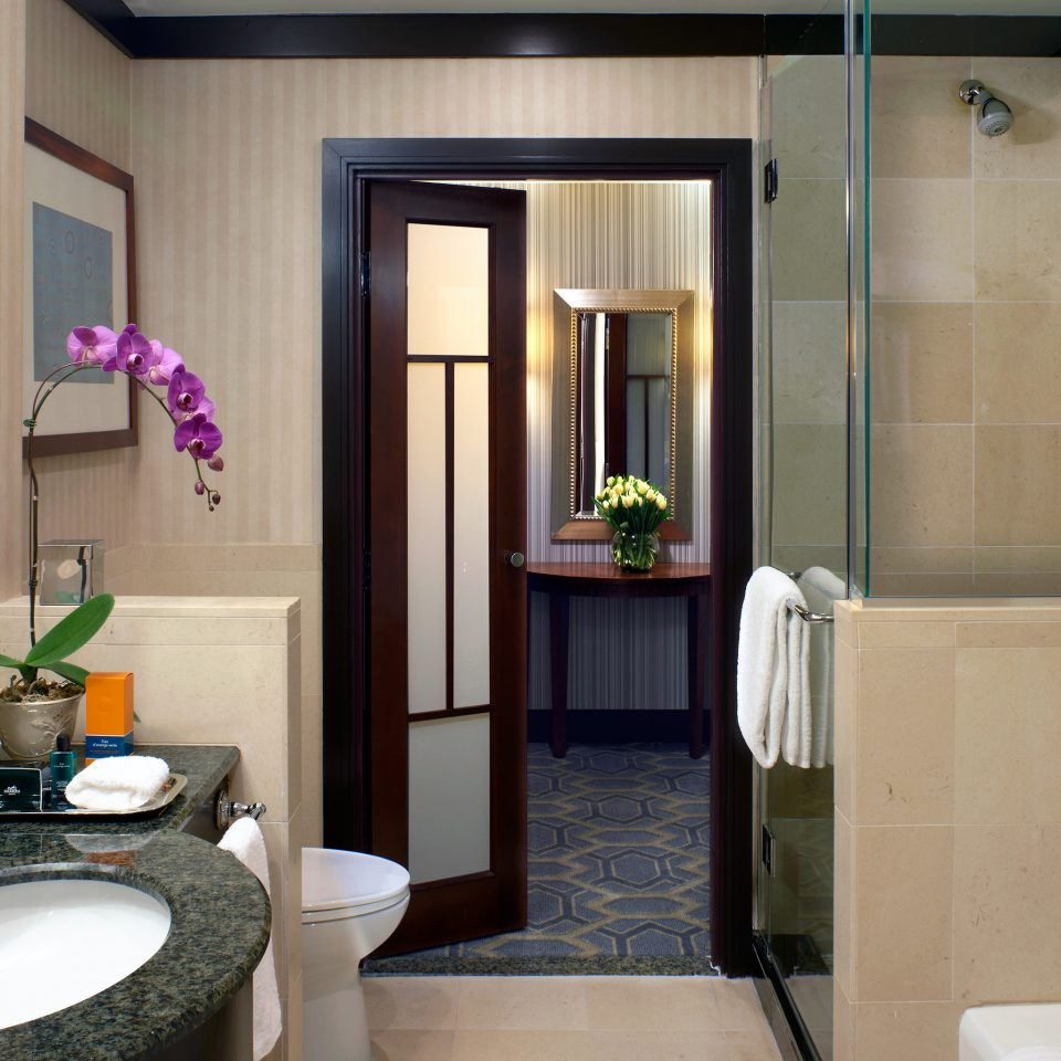 Bath City Resort bathroom sink mirror property toilet home Suite tub bathtub