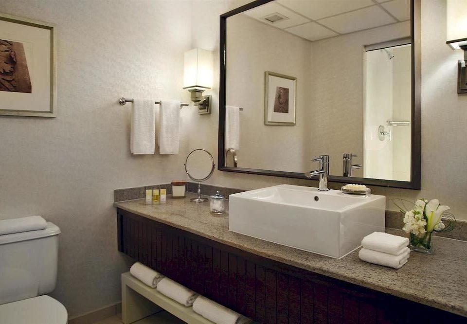 Bath City bathroom mirror sink property towel Suite home vanity cottage rack clean