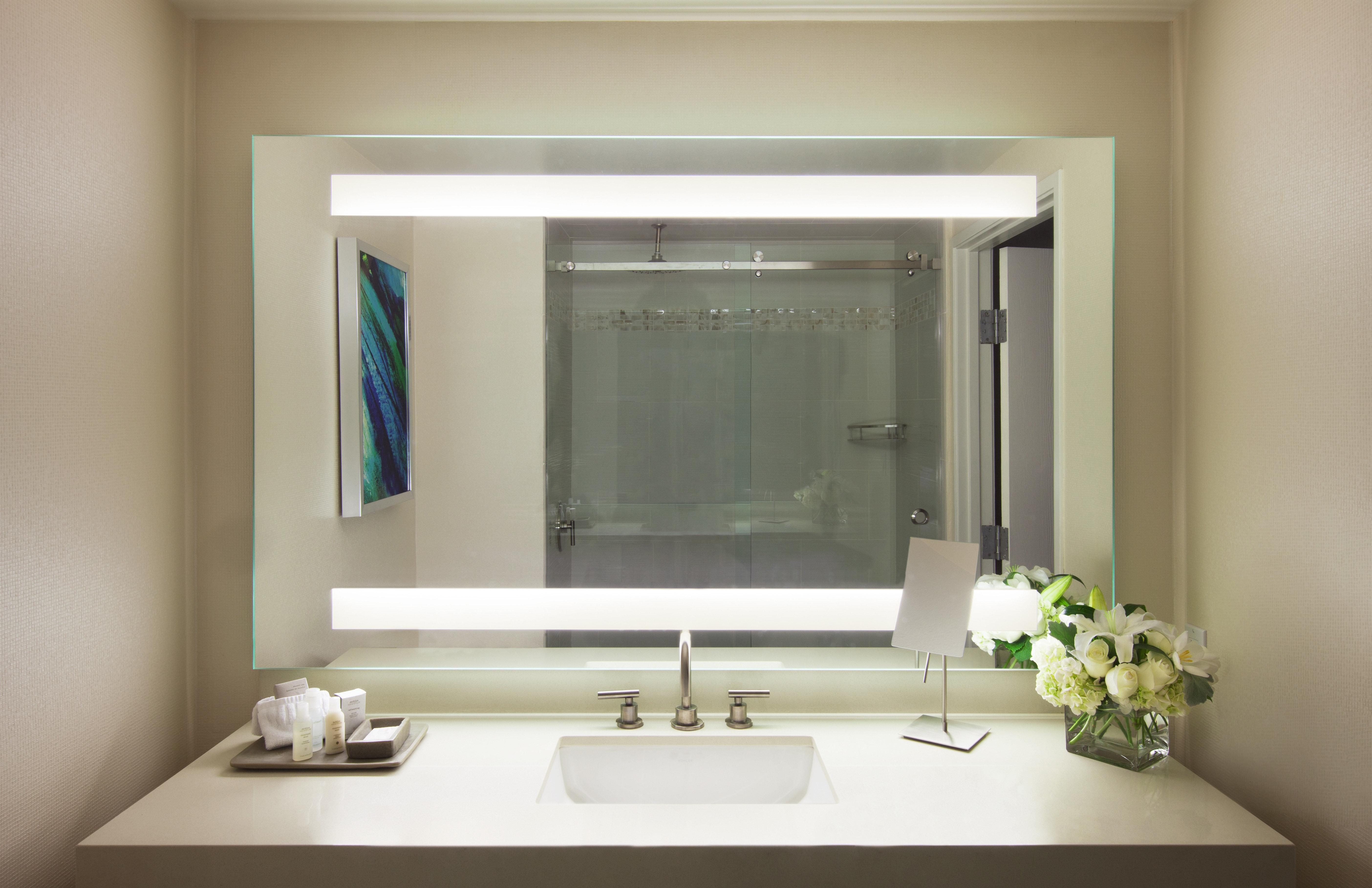 Bath Classic bathroom mirror sink living room home plumbing fixture bathroom cabinet bathtub toilet