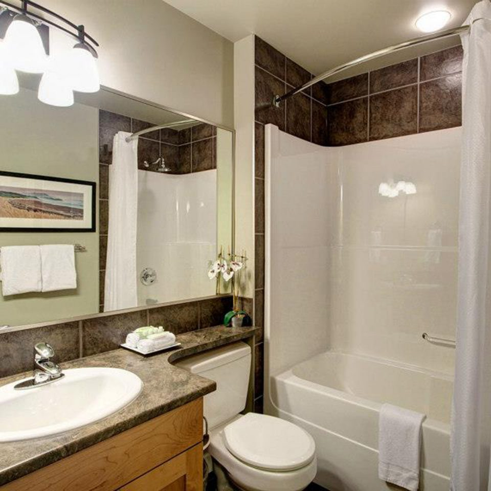Bath Classic bathroom sink mirror property home white toilet shower cottage rack tile tub bathtub