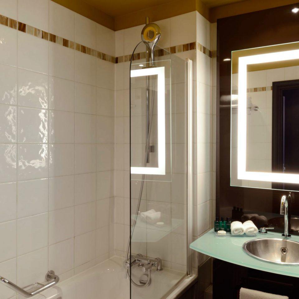 Bath Classic bathroom property sink plumbing fixture toilet tiled tile