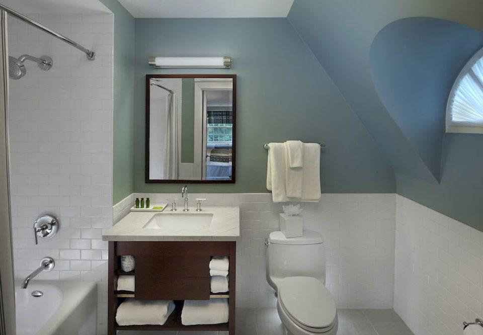 Bath Classic Elegant bathroom toilet mirror property sink home bidet cottage public toilet rack
