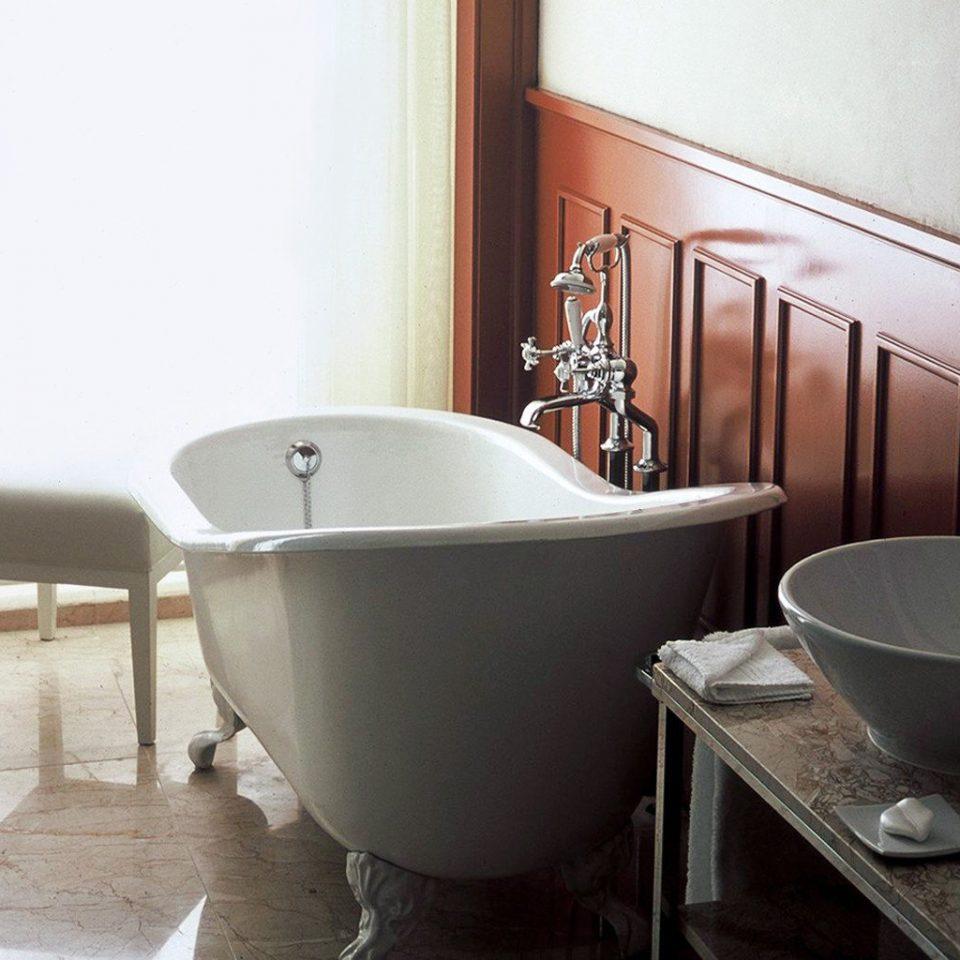 Bath Classic Luxury bathtub bathroom plumbing fixture sink bidet swimming pool flooring ceramic