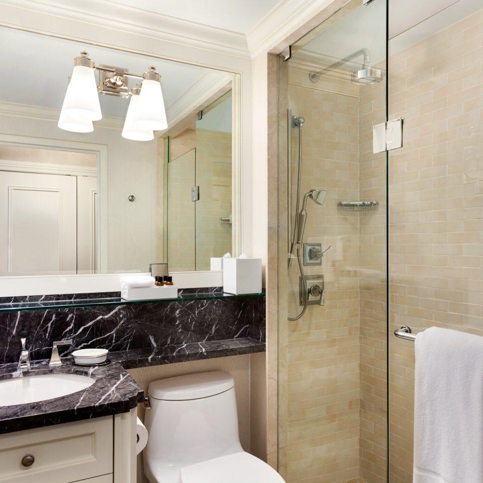 Bath Classic Resort bathroom property sink home white toilet cottage tan