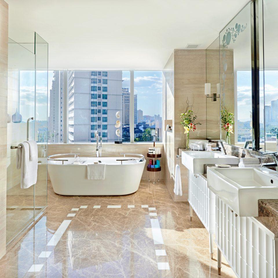 Bath Classic Resort Scenic views bathroom property home flooring condominium Suite tub