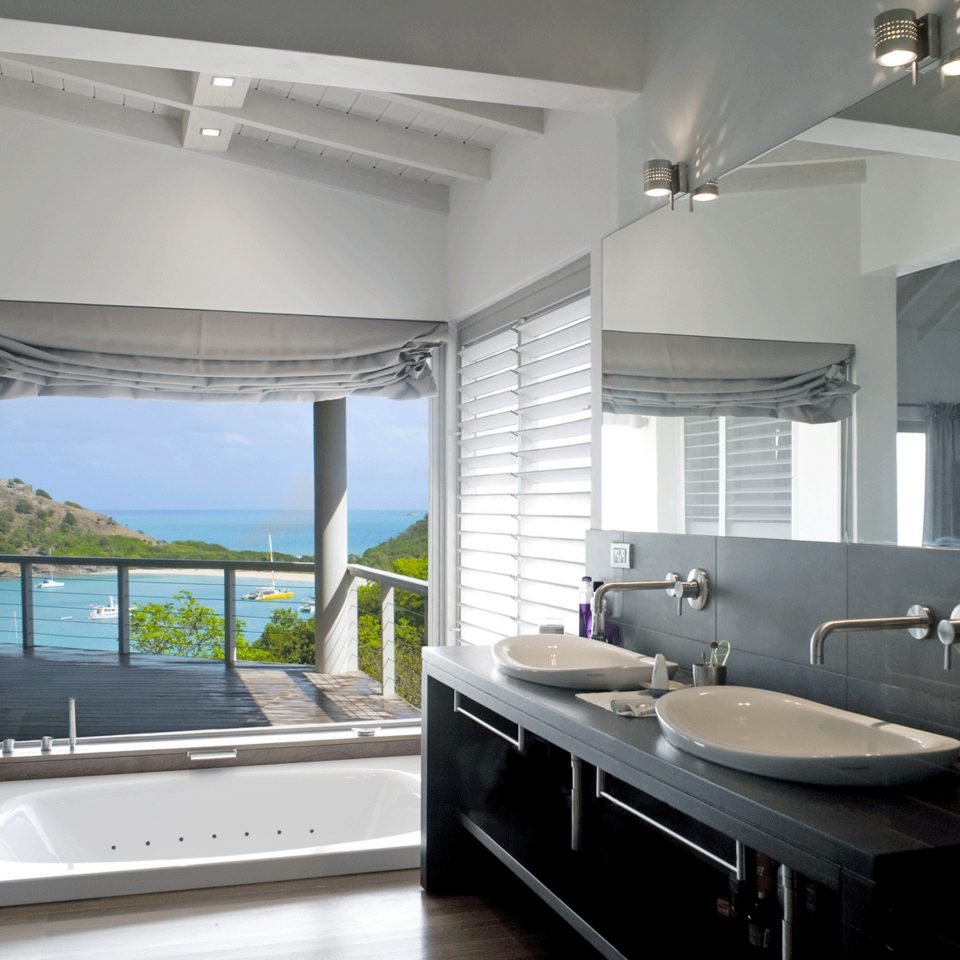 Bath Eco Island Scenic views Waterfront bathroom property sink home lighting condominium daylighting living room