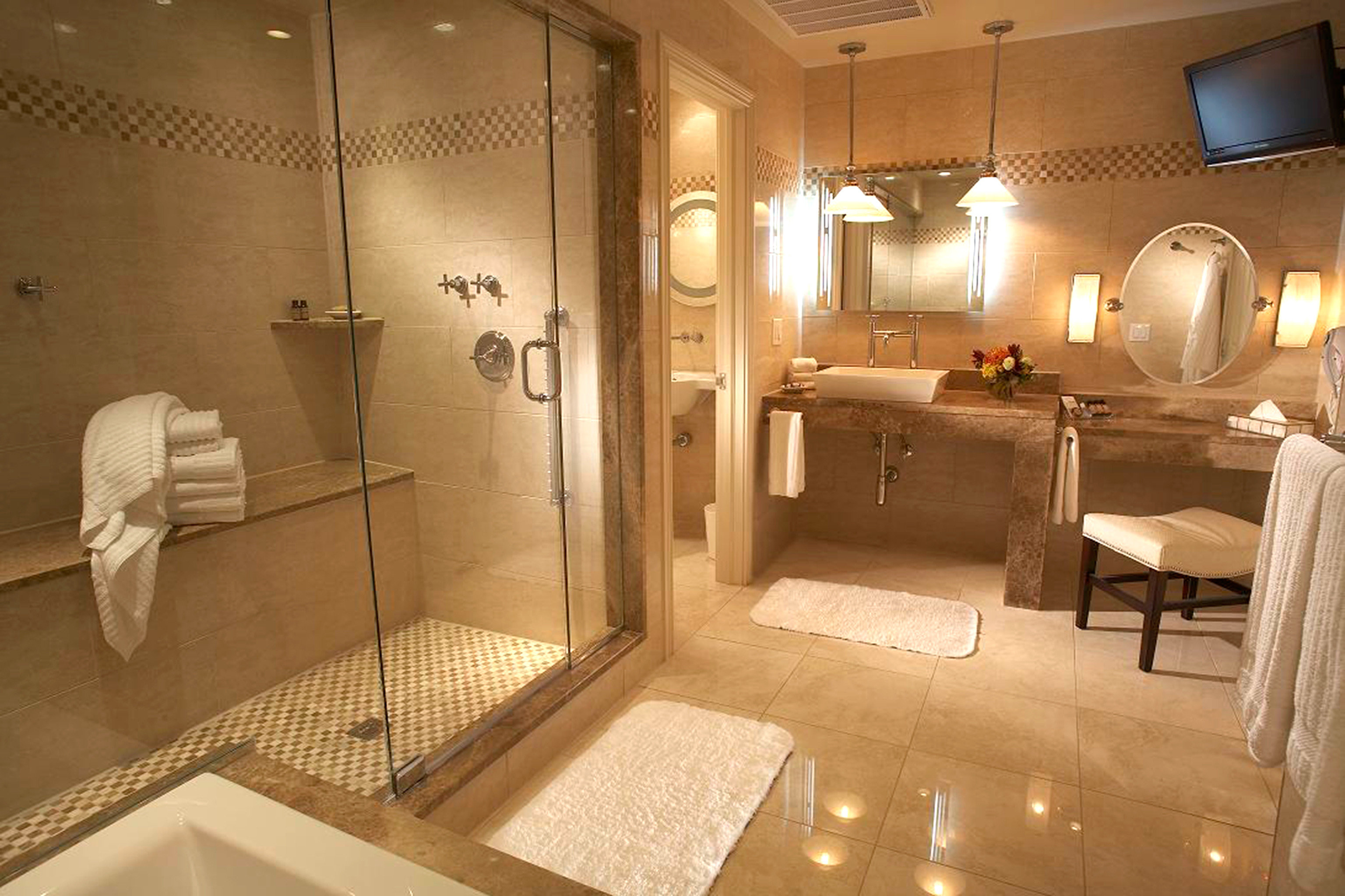 Bath Elegant Historic Modern bathroom property Suite