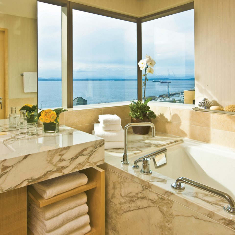 Bath Elegant Hotels Modern Scenic views Waterfront bathroom sink property home counter countertop Suite Villa tub bathtub