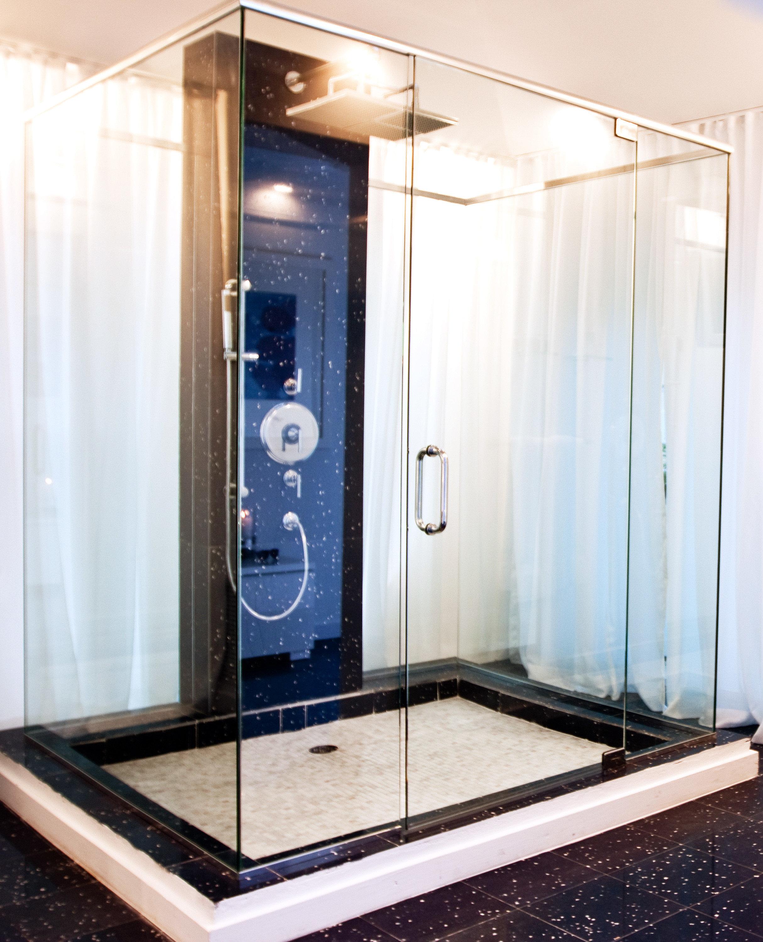 Bath Elegant Luxury plumbing fixture bathroom shower swimming pool sink counter public toilet bathtub