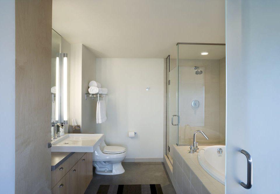 Bath Family bathroom property toilet white sink home cottage plumbing fixture tub bathtub tan