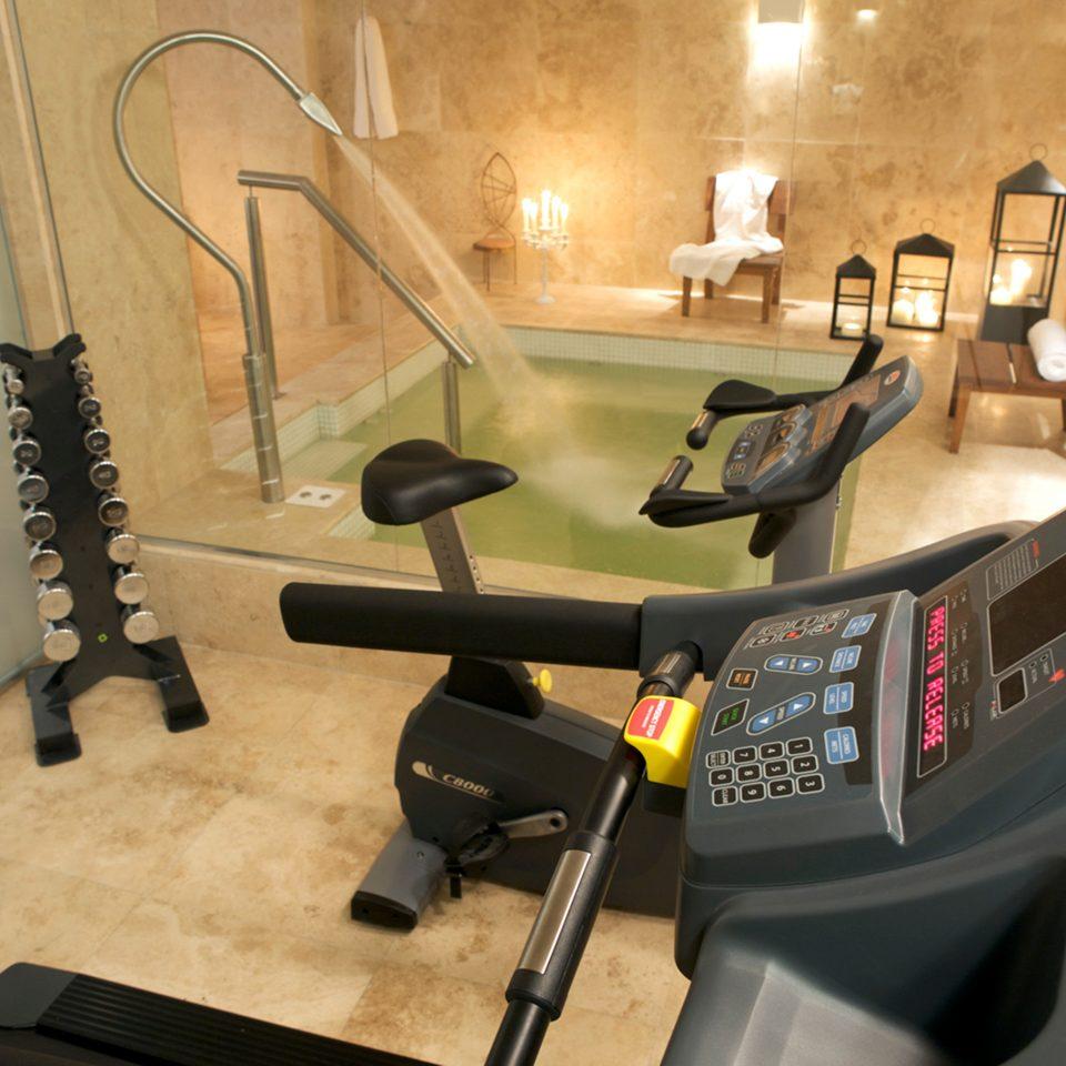 Bath Fitness Hot tub/Jacuzzi Sport Wellness structure sport venue gym exercise machine