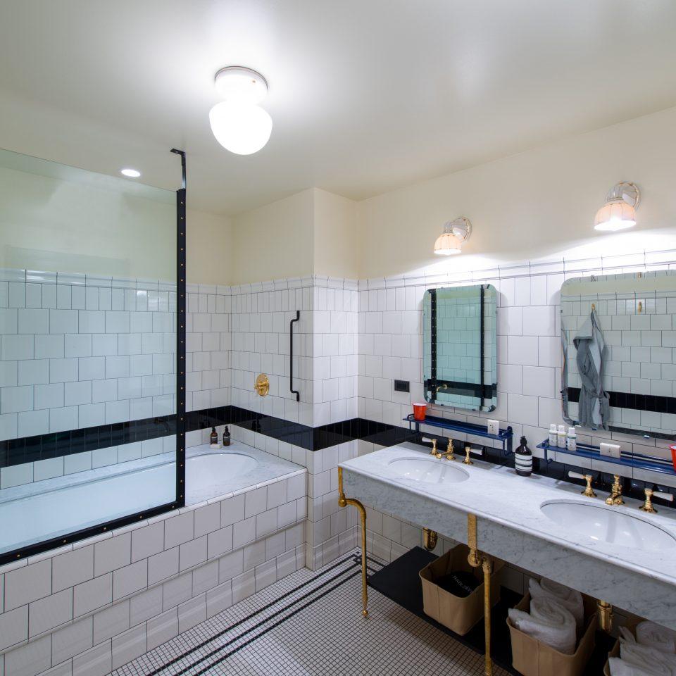 Bath Hip Historic Modern property home Kitchen loft cottage