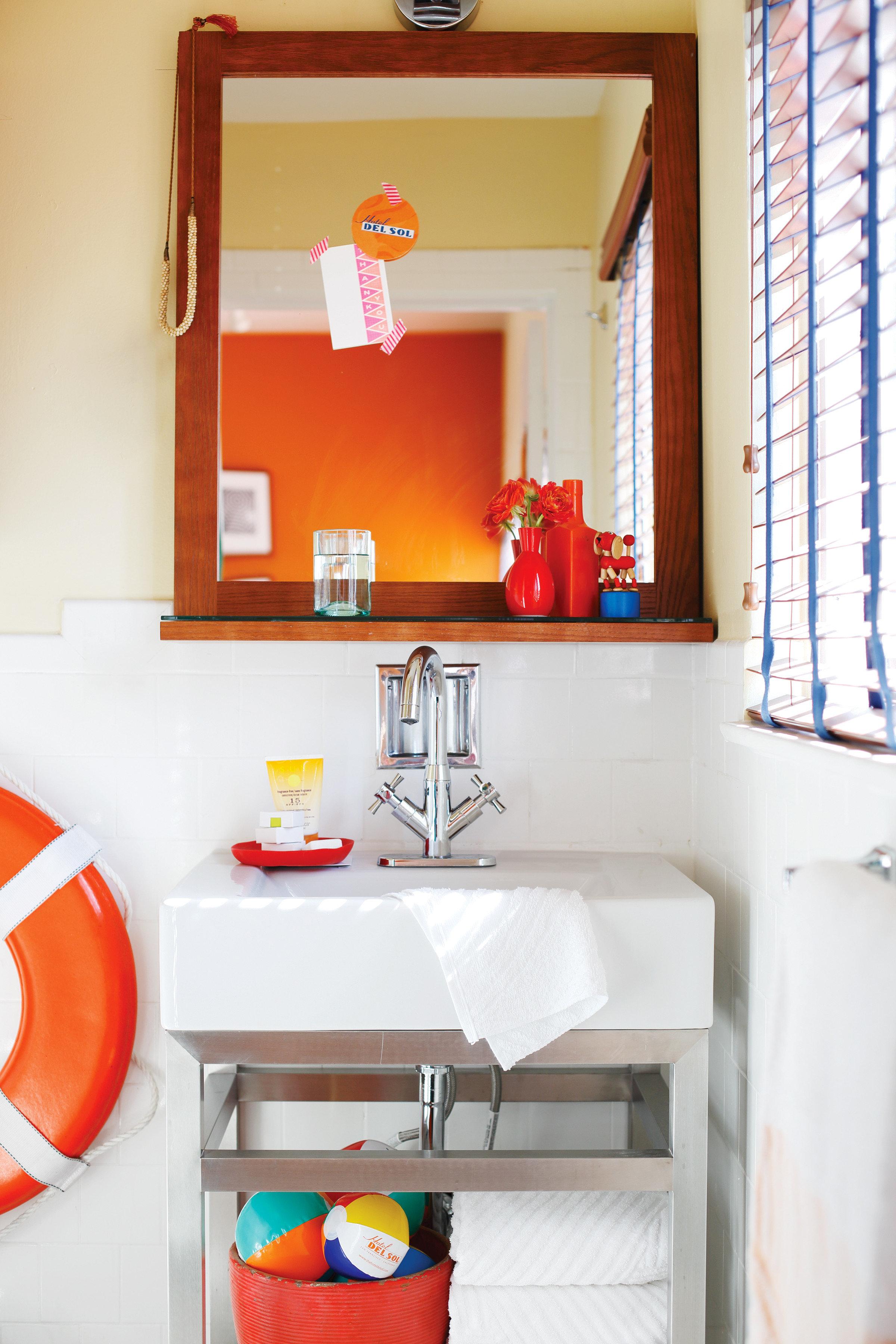 Bath Hip Modern color red home Kitchen shelf bathroom cottage living room