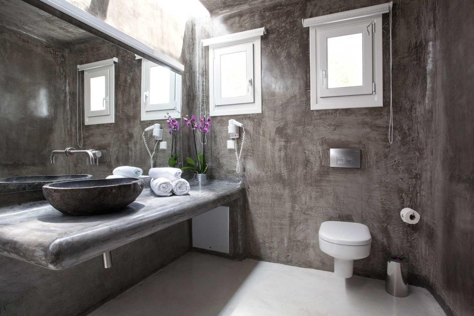 Bath Hip Luxury Modern bathroom property house toilet home cottage sink mansion tub stone