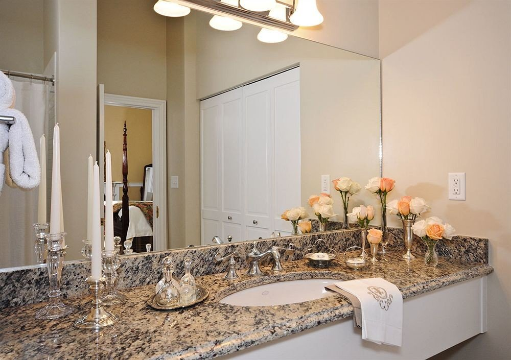 Bath Historic Inn bathroom mirror sink property counter home living room vanity Kitchen cottage