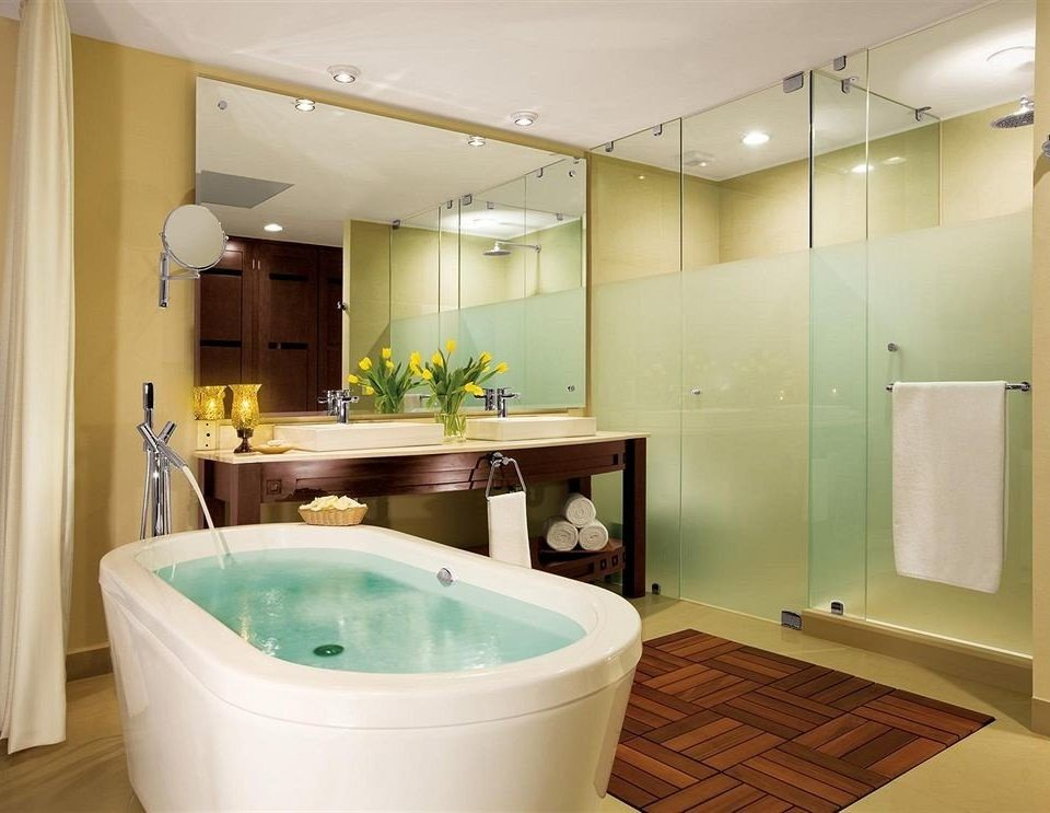 Bath Hot tub/Jacuzzi bathroom green property vessel bathtub plumbing fixture tub