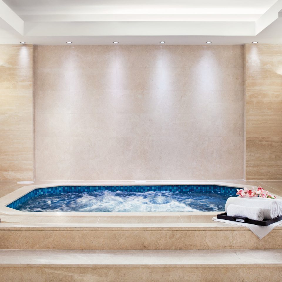 Hot tub/Jacuzzi Luxury Modern swimming pool bathtub jacuzzi plumbing fixture tub Bath
