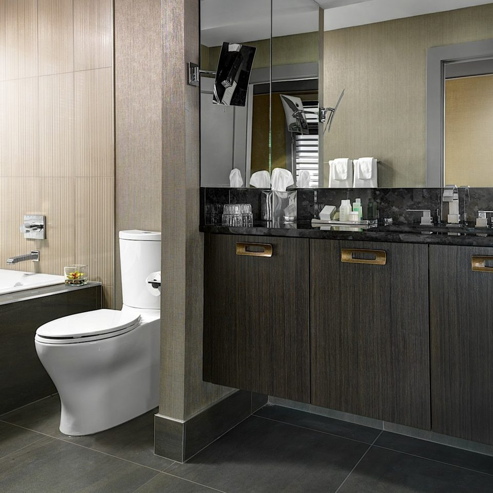 Bath Inn Modern property bathroom cabinetry toilet home Kitchen flooring countertop appliance