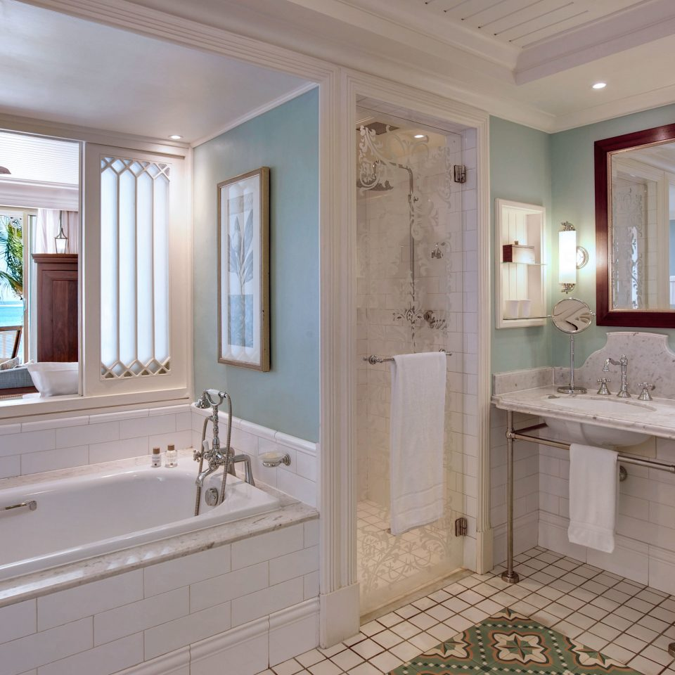 Bath Island Luxury Romance Romantic bathroom sink property mirror tub home cuisine classique mansion big cottage bathtub Kitchen long counter cabinetry double tile clean tiled